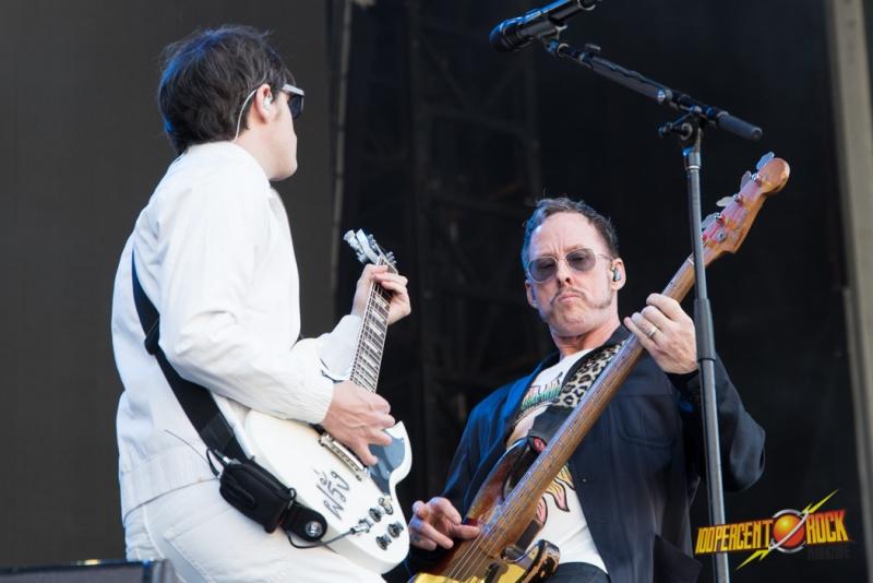 Weezer LIVE 2018 01 20 Perth by Pete Gardner (15)