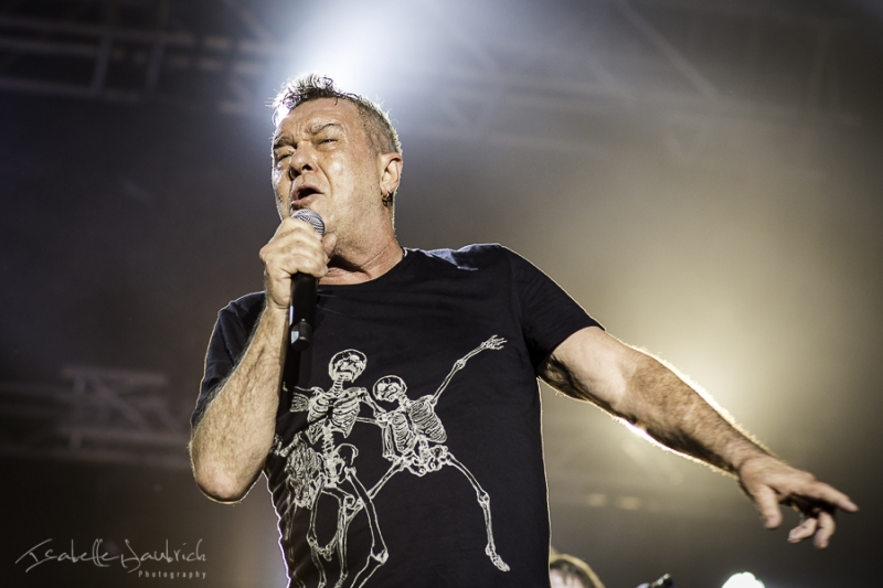 Jimmy Barnes 27