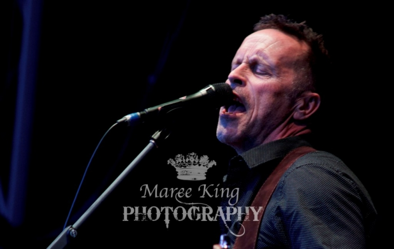 A Day On The Green Perth 22 Nov 2015 Mark Seymour by Maree King  (4)