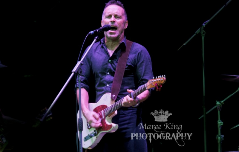 A Day On The Green Perth 22 Nov 2015 Mark Seymour by Maree King  (7)
