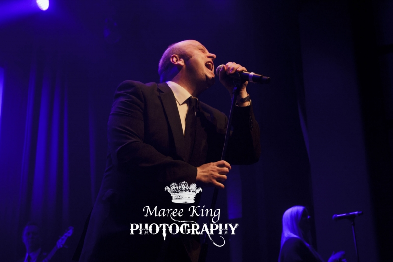 Andrew Strong live in Perth 29 May 2015 by Maree King (1)