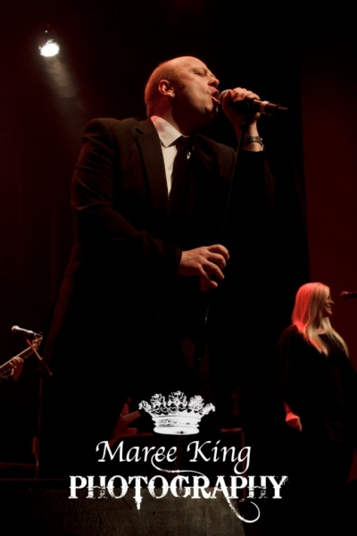 Andrew Strong live in Perth 29 May 2015 by Maree King (2)