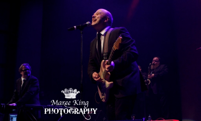 Andrew Strong live in Perth 29 May 2015 by Maree King (20)