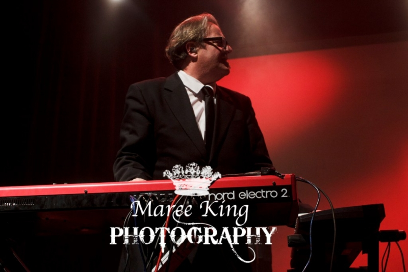 Andrew Strong live in Perth 29 May 2015 by Maree King (3)