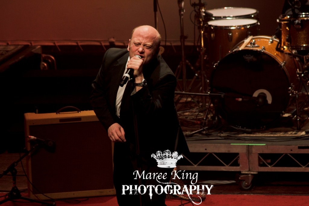 Andrew Strong live in Perth 29 May 2015 by Maree King (30)