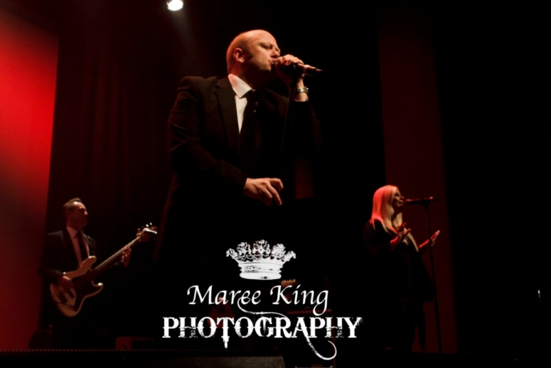 Andrew Strong live in Perth 29 May 2015 by Maree King (4)