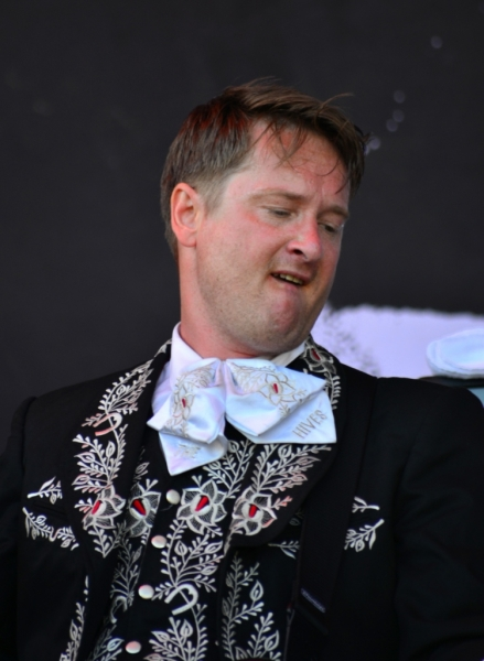 bdo-2014-live-the-hives-by-derek-noon-14