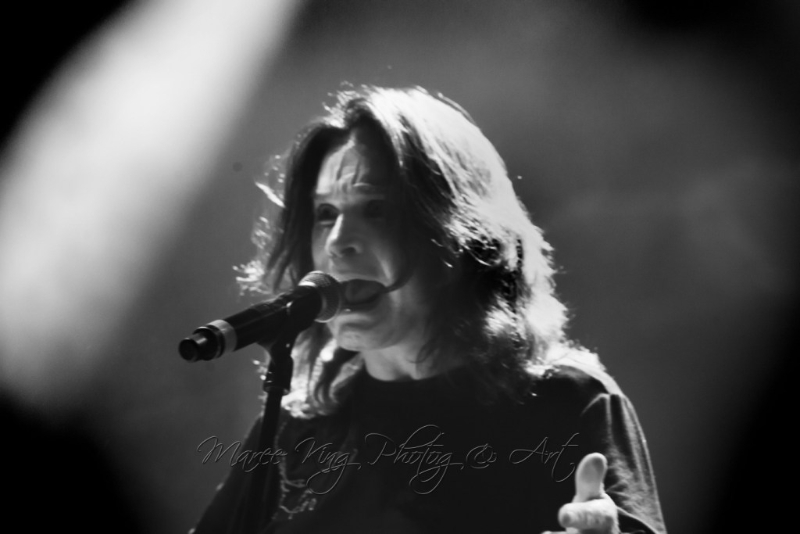 black-sabbath-live-perth-4-may-2013-by-maree-king-100-rock-magazine-5