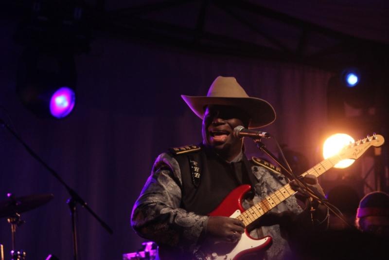 Blues At Bridgetown 2016 by Shane Pinnegar (06) Eugene Hideaway Bridges 2