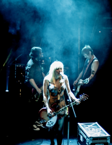 Courtney Love LIVE Perth 13 Aug 2014 by Stuart McKay  (15)
