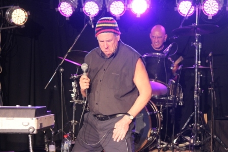 Dave Warner Live in Perth 30 May 2015 by Shane Pinnegar (22)