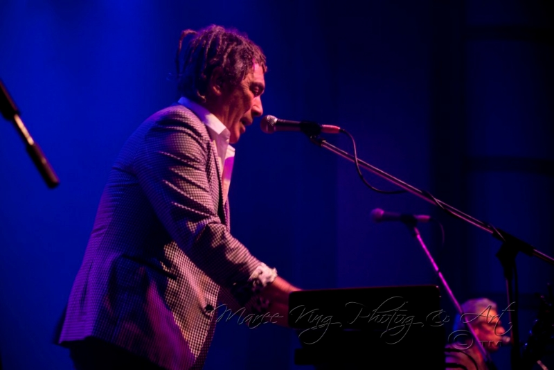 dragon-live-in-perth-31-may-2013-by-maree-king-4