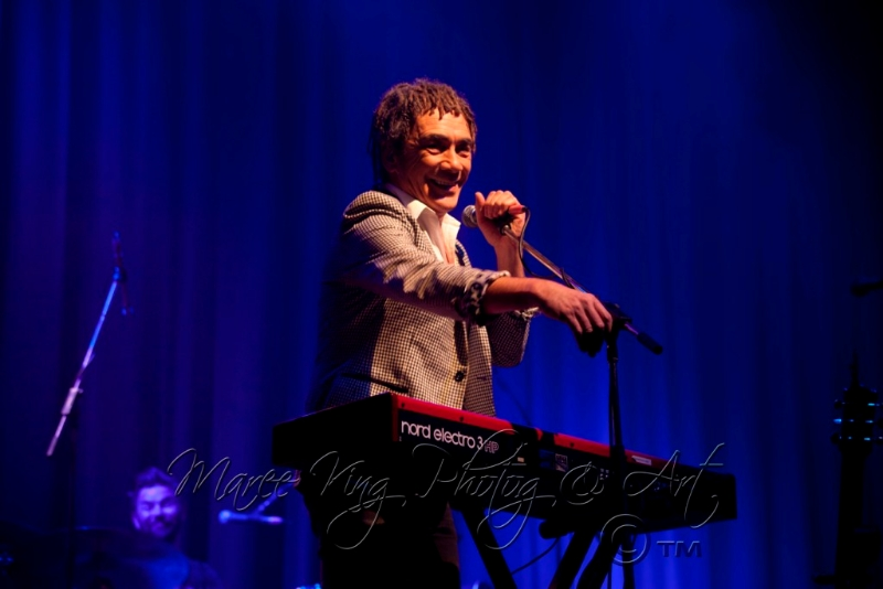 dragon-live-in-perth-31-may-2013-by-maree-king-8