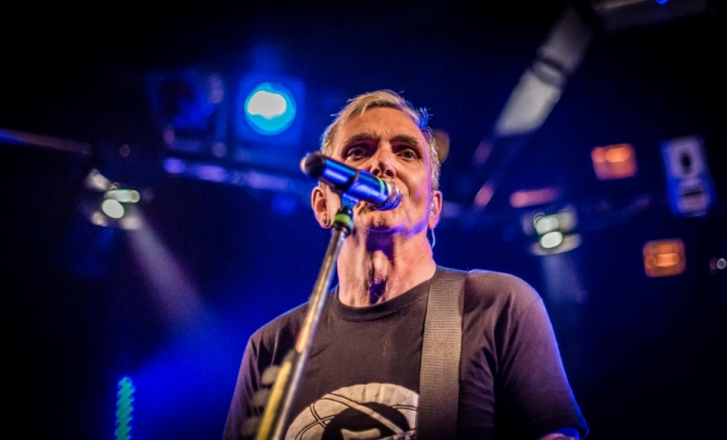 Everclear Live in Perth 14 May 2015 by Stuart McKay (10).jpg