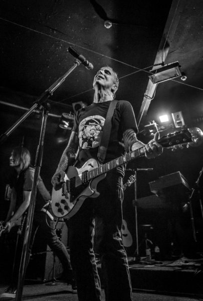 Everclear Live in Perth 14 May 2015 by Stuart McKay (14).jpg