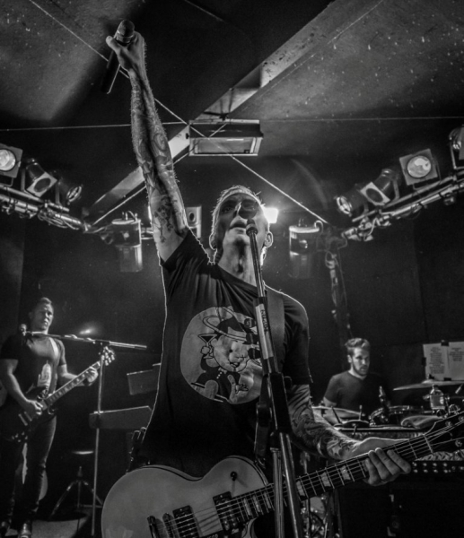 Everclear Live in Perth 14 May 2015 by Stuart McKay (17).jpg