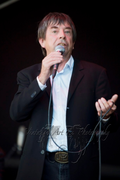 john-paul-young-live-3-march-2013-by-maree-king-1
