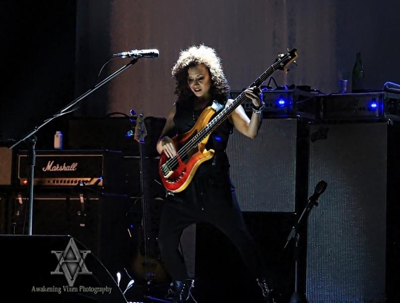 Jeff Beck LIVE in Perth 24 April 2014 by Awakening Vixen  (1)