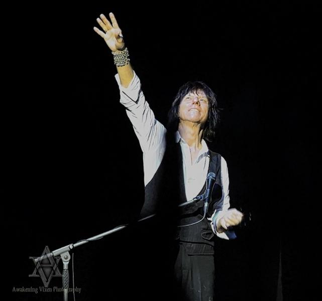 Jeff Beck LIVE in Perth 24 April 2014 by Awakening Vixen  (10)