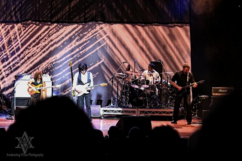 Jeff Beck LIVE in Perth 24 April 2014 by Awakening Vixen  (11)