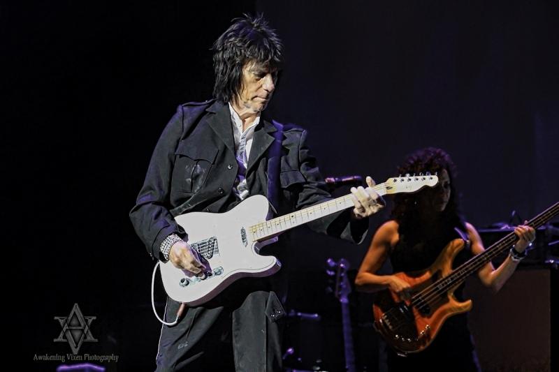 Jeff Beck LIVE in Perth 24 April 2014 by Awakening Vixen  (2)