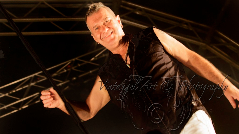 jimmy-barnes-live-perth-zoo-15-feb-2013-by-maree-king-1