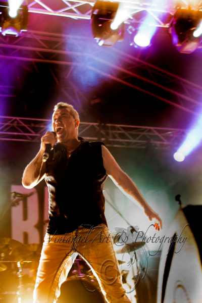 jimmy-barnes-live-perth-zoo-15-feb-2013-by-maree-king-4