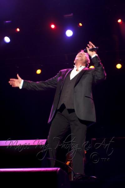John Farnham LIVE Perth 2 Mar 2014 by Maree King  (11)