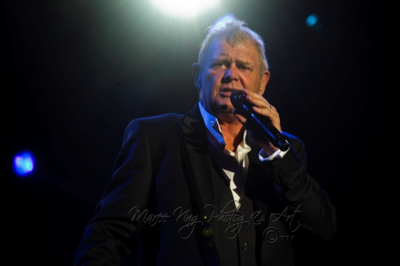 John Farnham LIVE Perth 2 Mar 2014 by Maree King  (3)