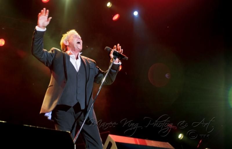 John Farnham LIVE Perth 2 Mar 2014 by Maree King  (4)