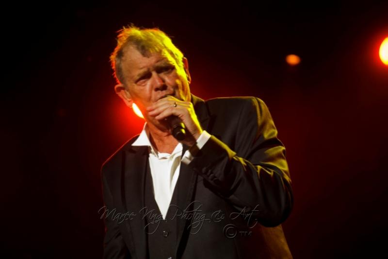 John Farnham LIVE Perth 2 Mar 2014 by Maree King  (7)