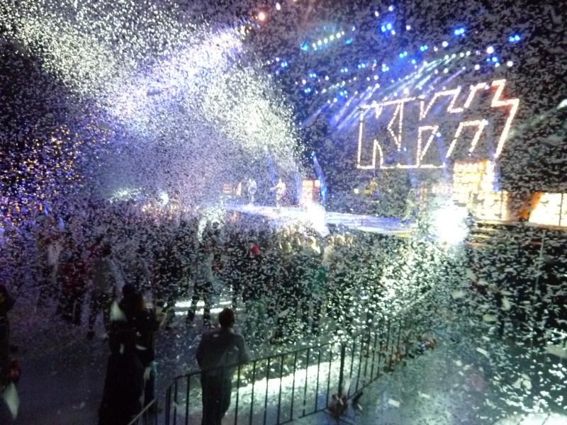 kiss-live-perth-28-feb-2013-13