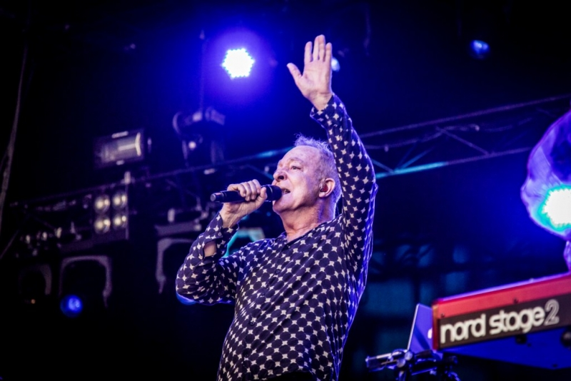 B52s Live Perth 2 Feb 2017 by Stu McKay (14)