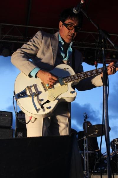 Live Scarborough Beach Nov 30 2014 Hoodoo Gurus by Shane Pinnegar  (10)