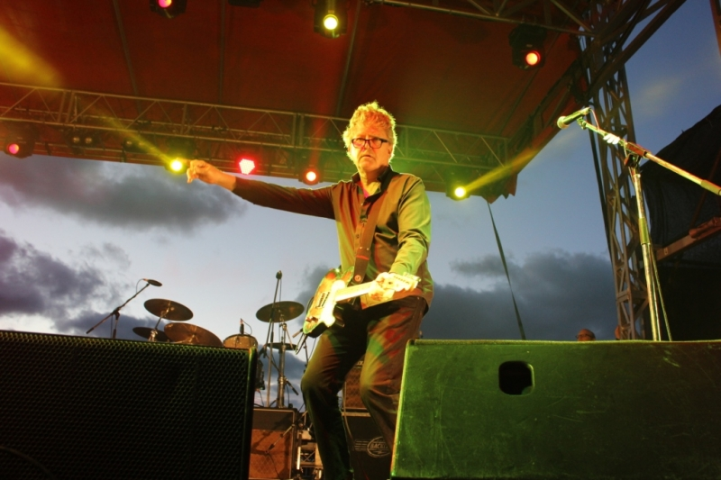 Live Scarborough Beach Nov 30 2014 Hoodoo Gurus by Shane Pinnegar  (17)
