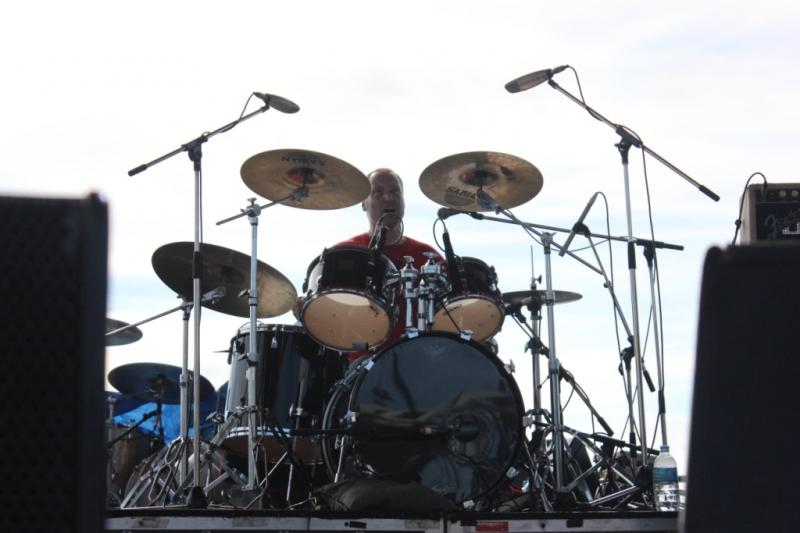 Live Scarborough Beach Nov 30 2014 Jebediah by Shane Pinnegar  (6)