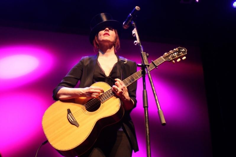 LIVE Suzanne Vega, Perth, 11 April 2014 by Shane Pinnegar  (7)