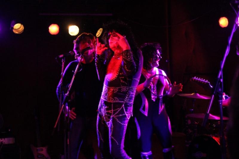 APEtake LIVE Fremantle 23 Aug 2014 by Shane Pinnegar (1)