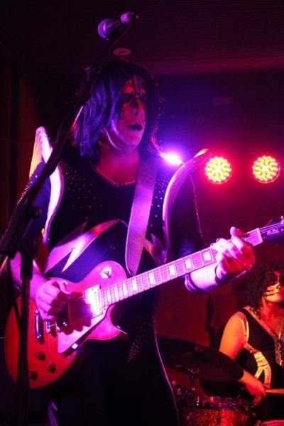 KISStake live Fremantle 23 Aug 2014  (2)
