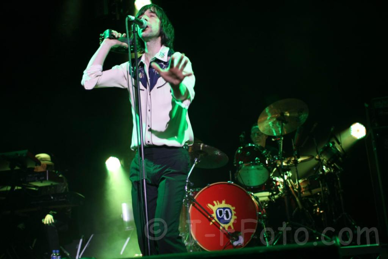 primal-scream-live-perth-11-dec-2012-by-j-f-foto-2