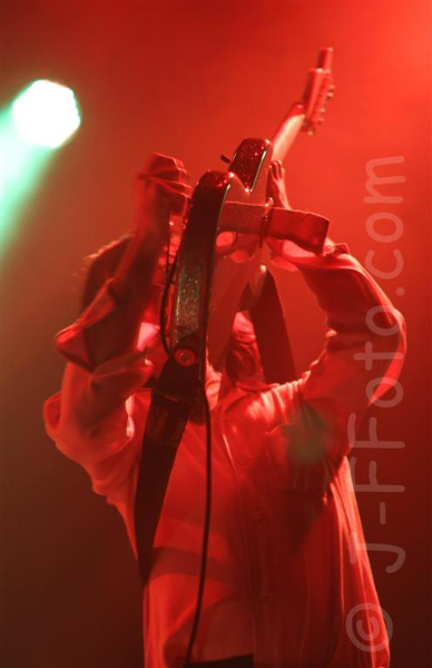 primal-scream-live-perth-11-dec-2012-by-j-f-foto-3