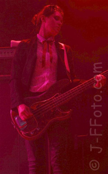 primal-scream-live-perth-11-dec-2012-by-j-f-foto-8