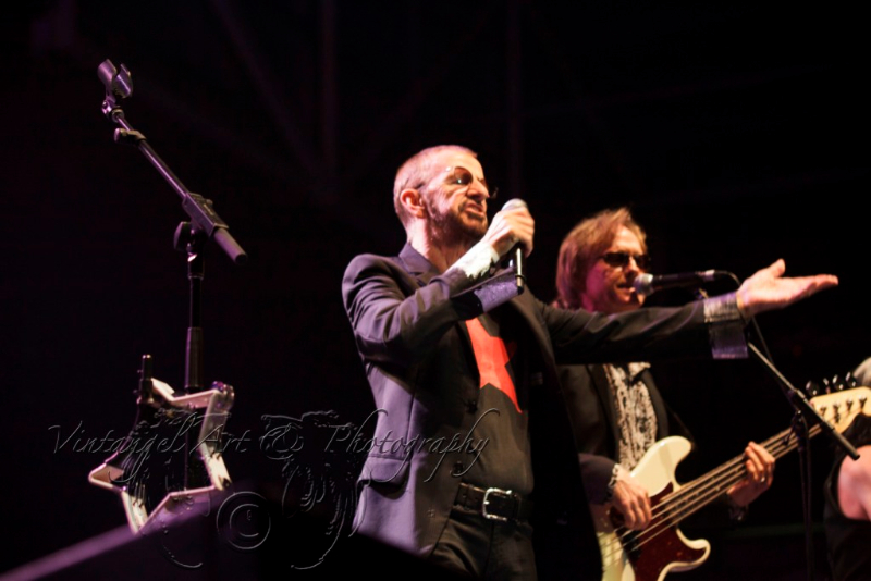 ringo-starr-all-starr-band-live-in-perth-24-feb-2013-by-maree-king-5