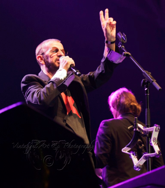 ringo-starr-all-starr-band-live-in-perth-24-feb-2013-by-maree-king-7