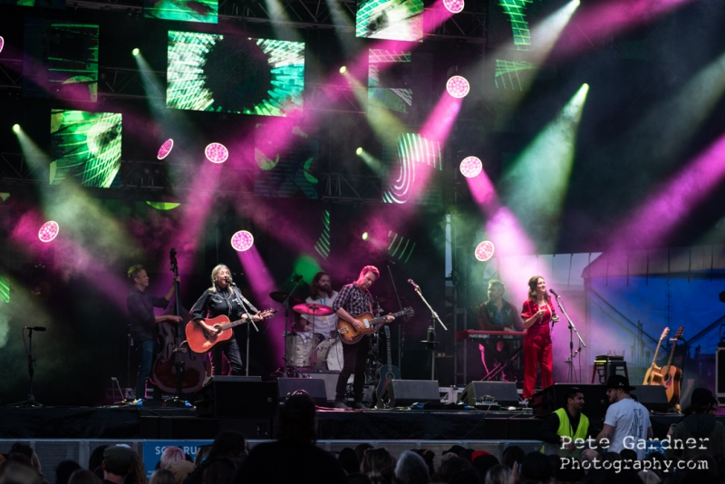 6.-The-Waifs-14