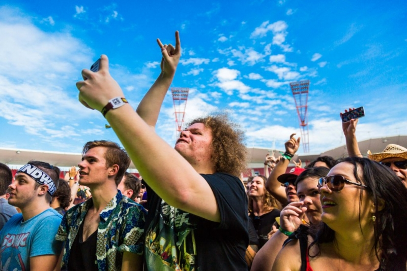 The Soundwave 2015 crowd - Sydney  (3).jpg