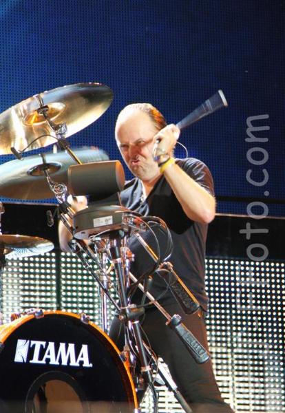 metallica-live-soundwave-perth-04-mar-2013-by-j-f-foto-100-percent-rock-mag-1