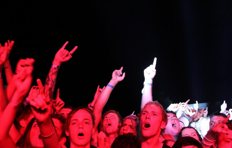 the-amity-affliction-live-soundwave-perth-04-mar-2013-by-j-f-foto-100-percent-rock-mag-1