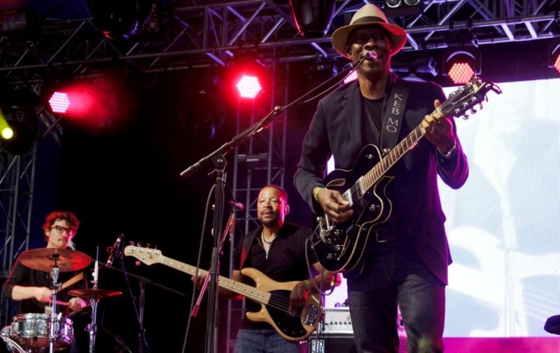 West Coast Blues & Roots 2015 - 09 Keb mo  (4).jpg