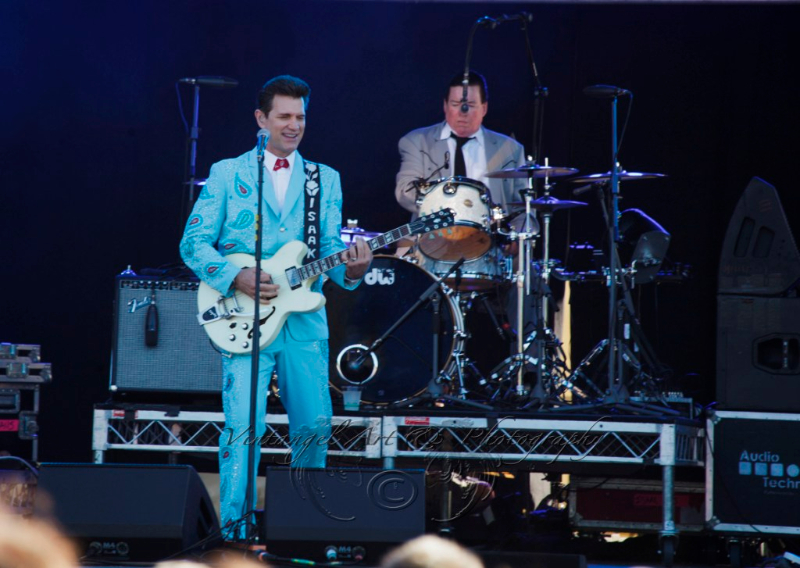 west-coast-blues-roots-day-one-chris-isaak-by-maree-king-100-percent-rock-magazine-3